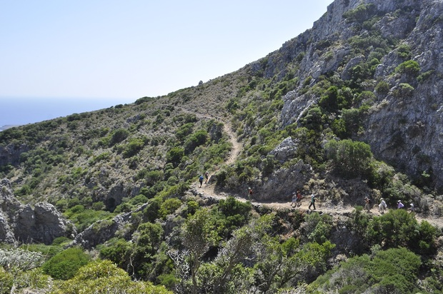 kythera hiking 2