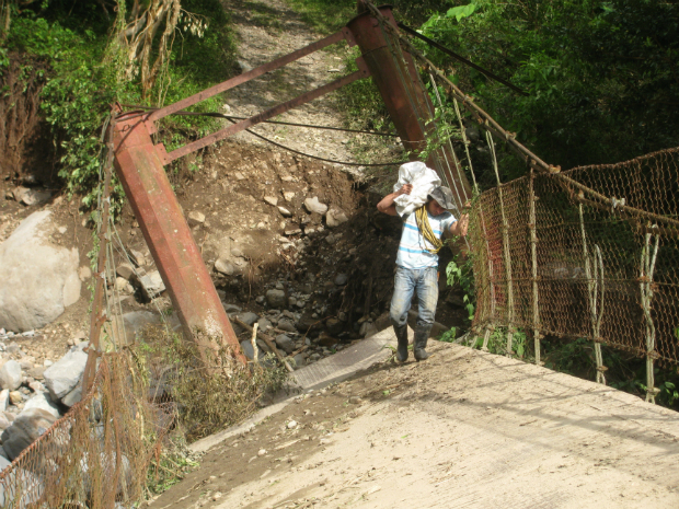 Hurricane Nate inflicted major damage to the Sendero Pacifico Friendship Trail. Buen Amigo Bridge is heavily damaged from the storm.
