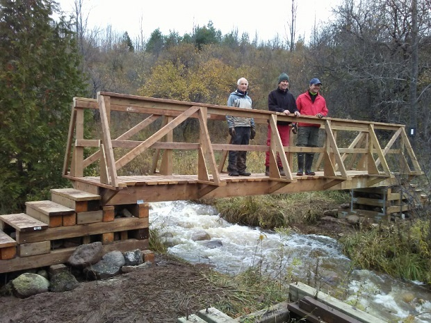 New permanent bridge built for the Bruce Trail near Siegerman Side Trail Beaver Valley Section. Photo Blain Horsley 2018.