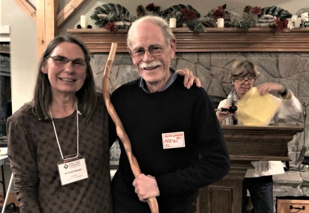 Jill Smith-Brodie presents Neil McFadgen with Volunteer of the Year Award for the Beaver Valley Bruce Trail Club at the Volunteer and Landowner Celebration. Photo Marg Yaraskavitch 2018.